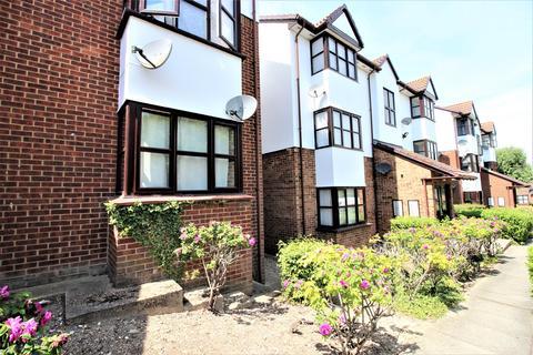 Studio to rent - Chalice Way, Saxon Park, Greenhithe, Kent, DA9 9PR