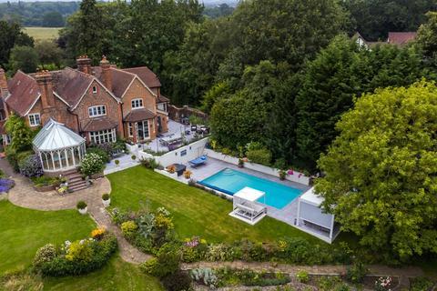 5 bedroom detached house for sale - Hildenborough Road, Leigh, Kent, TN11