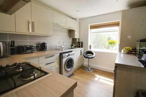 2 bedroom apartment for sale - Station Road, Cuffley