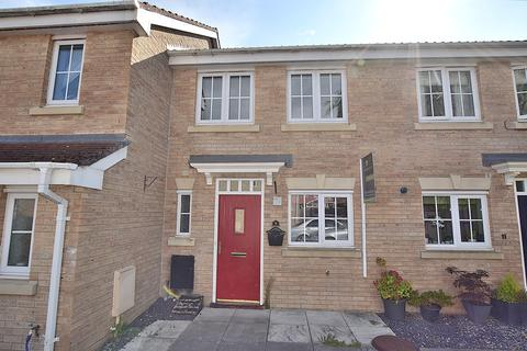 2 bedroom terraced house for sale - Darwin Drive, Brough With St. Giles