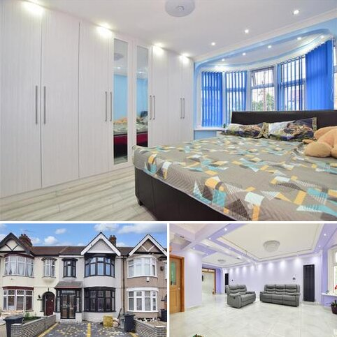 3 bedroom terraced house for sale - Bawdsey Avenue, Newbury Park, Ilford, Essex