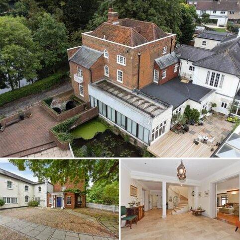 6 bedroom semi-detached house to rent - Mill Lane, Windsor, Berkshire, SL4