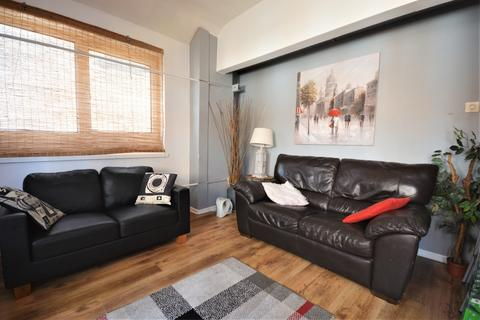 1 bedroom in a house share to rent - The Strand, City Centre, Swansea