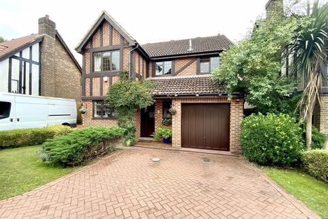 4 bedroom detached house for sale - Henley Gardens, Littledown, Bournemouth