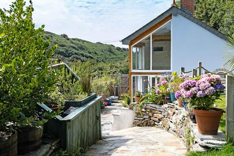 3 bedroom house for sale - Jonwyns, Cornwall Collection