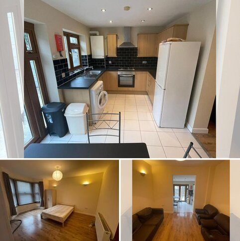 4 bedroom terraced house to rent - Kitchener Road, Newham E7