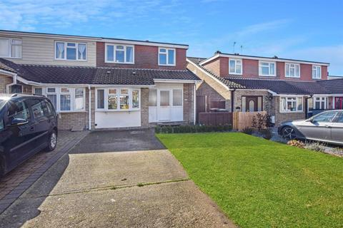4 bedroom semi-detached house for sale - Longacre, Writtle, Chelmsford