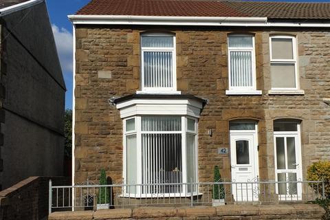 4 bedroom semi-detached house for sale - Armine Road, Fforestfach, Swansea