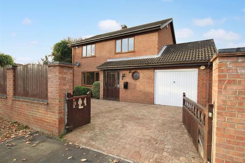 4 bedroom detached house for sale - Mill Lane, Horsford