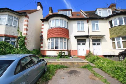 2 bedroom flat to rent - Britannia Road, Westcliff-On-Sea