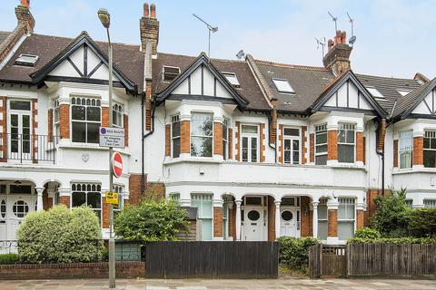 4 bedroom apartment to rent - Clapham Common West Side, London, SW4