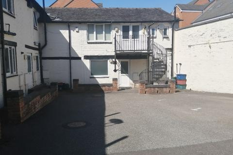 1 bedroom flat to rent - West Street, Newcastle-under-Lyme, ST5