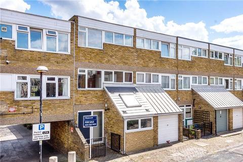 4 bedroom end of terrace house for sale - Halsmere Road, Myatts Field, London, SE5