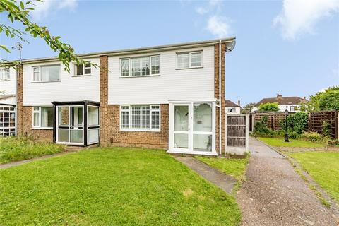 3 bedroom end of terrace house for sale - Cumberland Close, Hornchurch, RM12