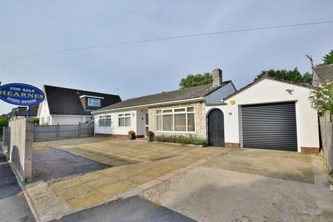 3 bedroom detached bungalow for sale - Elm Tree Walk, West Parley, BH22 8TX