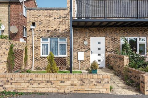 2 bedroom flat for sale - Sunbury on Thames,  Middlesex,  TW16