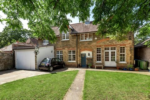 5 bedroom detached house to rent - Hardy Road London SE3