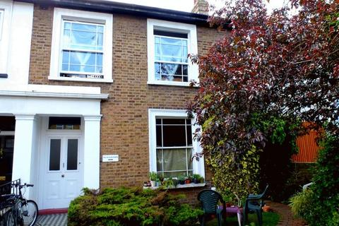 1 bedroom apartment for sale - Richmond Road, Kingston Upon Thames, KT2