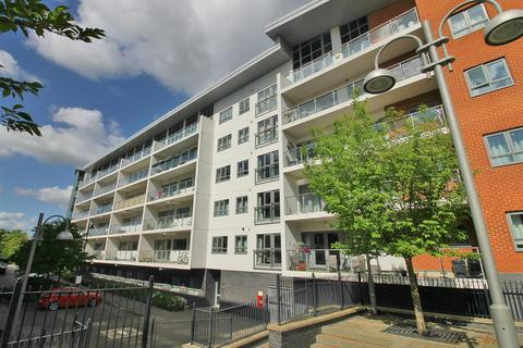 2 bedroom apartment to rent - Hamilton House, Wolverton, Milton Keynes