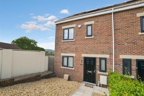 3 bedroom end of terrace house to rent - Novers Lane, Bristol, BS4 1QR