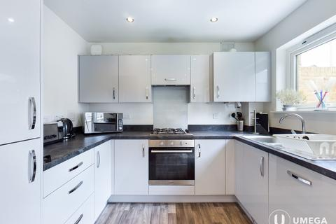 5 bedroom townhouse to rent - Broomview Path, Sighthill, Edinburgh, EH11