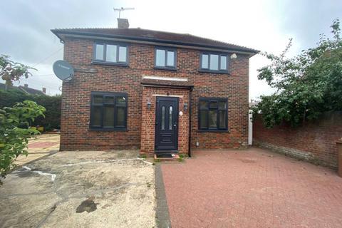 5 bedroom semi-detached house to rent - Buckton Road, Borehamwood
