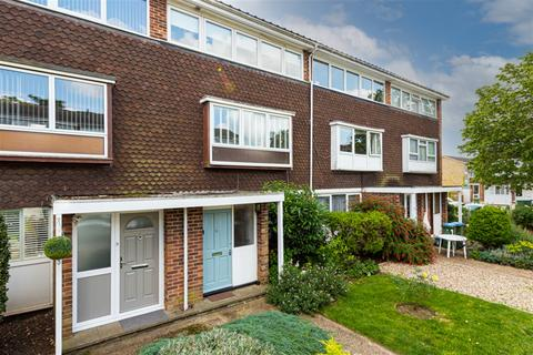 2 bedroom house for sale - Carlyle Close, Molesey