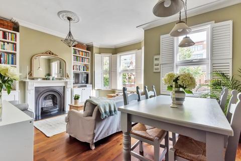 2 bedroom flat for sale - Valetta Road, Acton