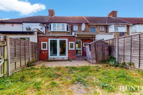 3 bedroom terraced house for sale - Monks Park, Wembley, Middlesex, HA9 6LA