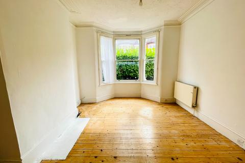 3 bedroom terraced house to rent - Macoma Road, London, Greater London, SE18