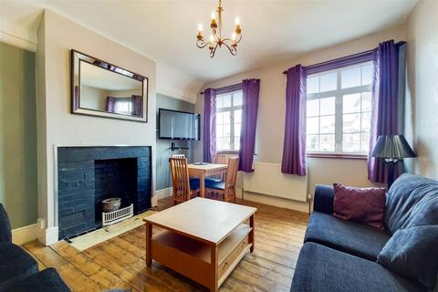 2 bedroom flat for sale - Queens Avenue, Winchmore Hill, N21