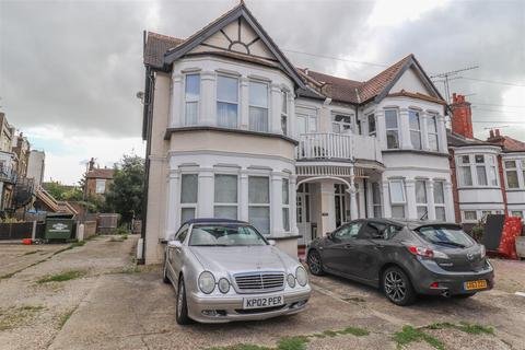 1 bedroom ground floor flat for sale - Cobham Road, Westcliff-On-Sea
