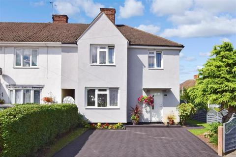 5 bedroom semi-detached house for sale - Finchingfield Avenue, Woodford Green, Essex