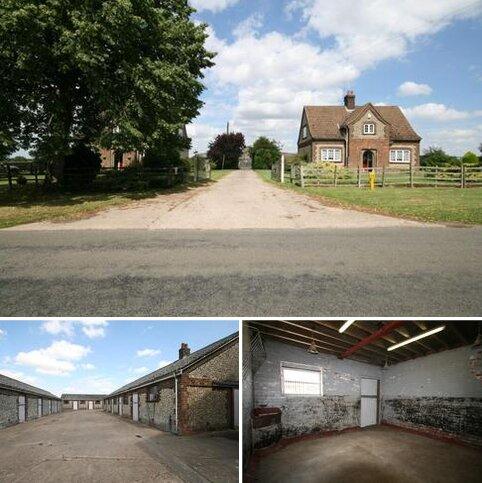 Equestrian property to rent - Limestone Yard