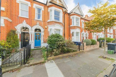 4 bedroom end of terrace house for sale - Stuart Road, London