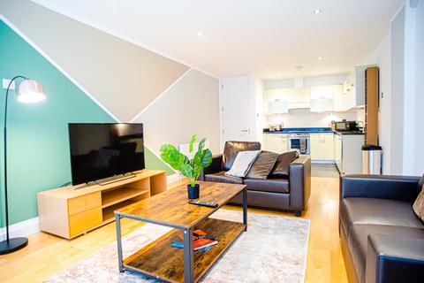 1 bedroom flat to rent - Saffron Hill