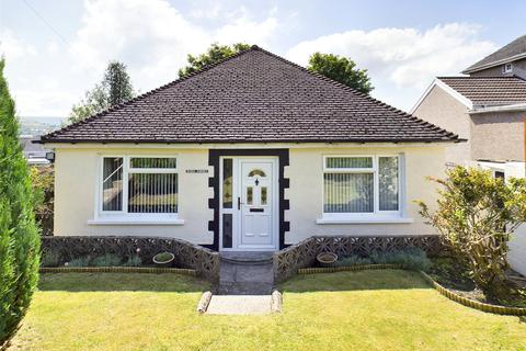 2 bedroom bungalow for sale - Hill Crest, Brynmawr, Gwent, NP23