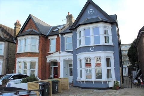 2 bedroom flat to rent - Bellingham Road, Catford, SE6