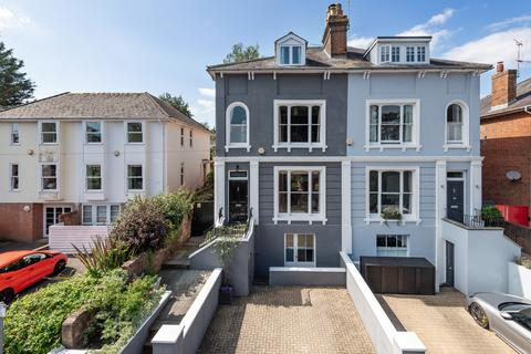 5 bedroom semi-detached house for sale - Edgar Road, Winchester, Hampshire, SO23