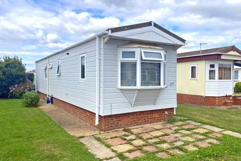 2 bedroom property for sale - Tudor Close, Broadway Park, Lancing, West Sussex, BN15