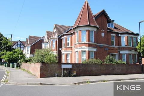 1 bedroom flat to rent - Landguard Road