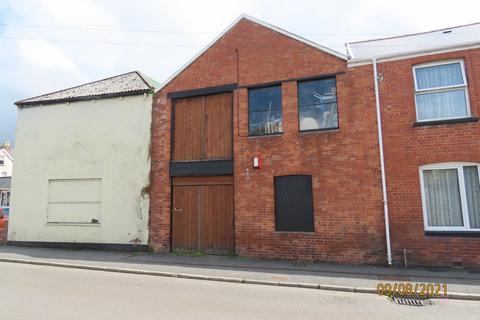 Property to rent - Vicarage Street, Barnstaple