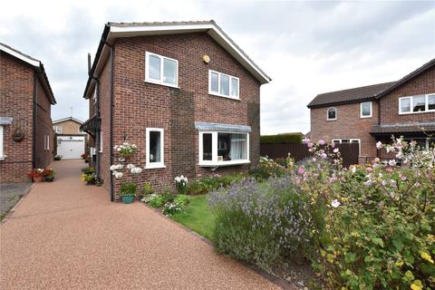 4 bedroom detached house for sale - Spur Drive, Leeds