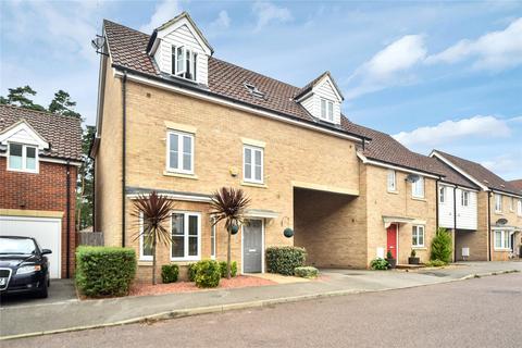 4 bedroom link detached house for sale - Heathland Way, Mildenhall, Bury St. Edmunds, IP28