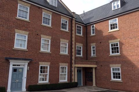 2 bedroom flat to rent - Russell House, Stratford Upon Avon