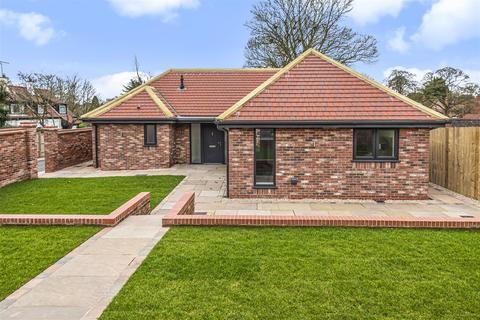 2 bedroom detached bungalow for sale - Plot 2, Farrow Drive, East End, Walkington, Beverley, HU17 8RX