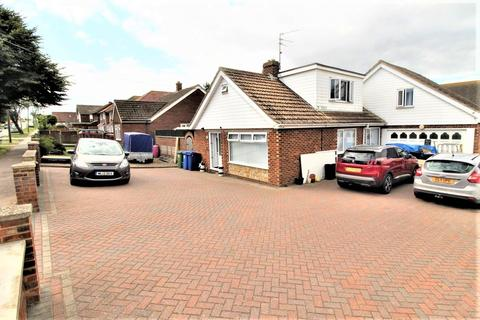 5 bedroom house for sale - The Broadway, Minster On Sea, Sheerness