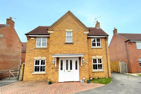 4 bedroom detached house for sale - Willow Drive, Brough