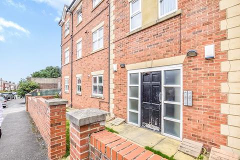 2 bedroom apartment for sale - Balfour Street, Runcorn