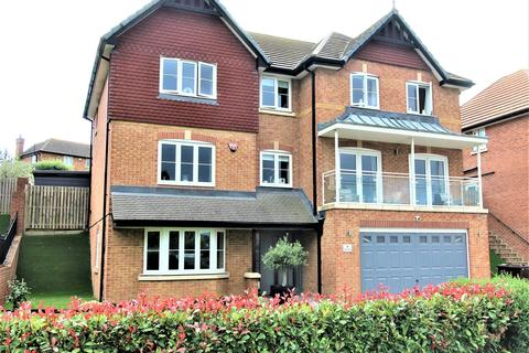 5 bedroom house for sale - Carey Close, Eastchurch, Sheerness